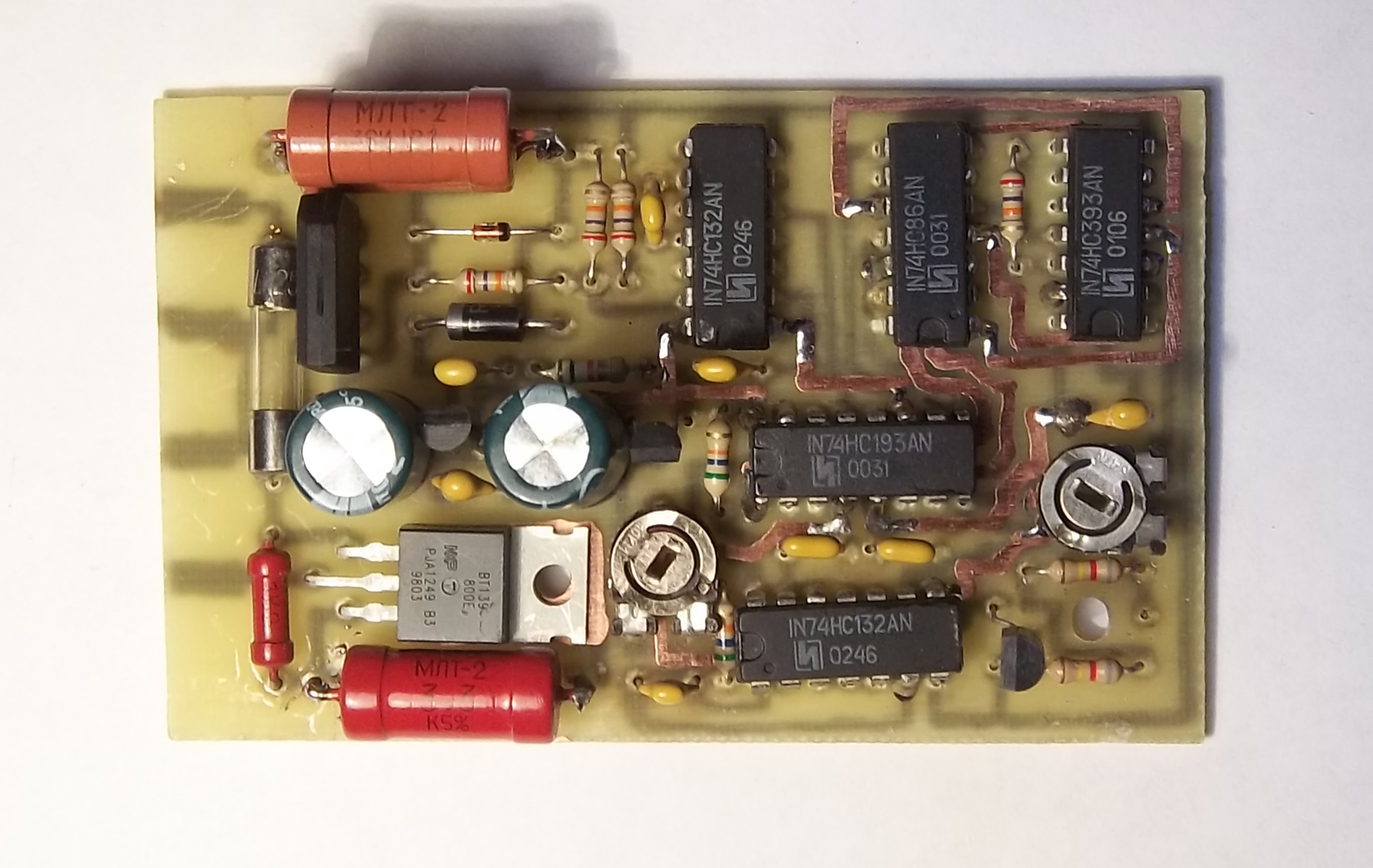 электрические схема регулятора освещения сенсором