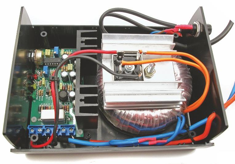Зарядний пристрій на мікроконтролері ATTINY24
