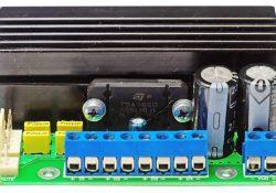 4-Kanal-Audio-Verstärkerchip TDA7581x, 4× 48Vt / 4Om